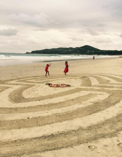 Beach-labyrinth-Byron-Bay-Sacred-Circle-Labyrinths-Jacquelina-Wills-V-Day-mandala-Story-Tree