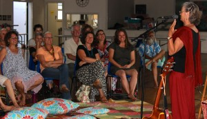 Susan and audience 2 Golden Tales 2016 www.storytree.com.au:goldentales
