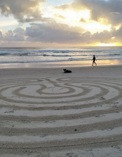 Beach-labyrinth-by-Jenni-Story-tree-Sacred-circle-labyrinthss